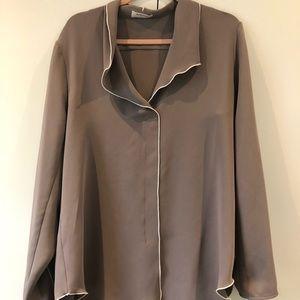 Babaton Tops - Aritzia Babaton Rena satin crepe blouse sz L